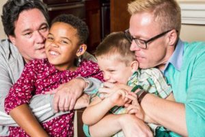 41750318 gay parents kissing and hugging their children 300x200 - 41750318-gay-parents-kissing-and-hugging-their-children
